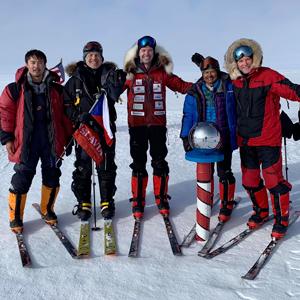 Nadšenec, dobrodruh a nekonečně houževnatý chlap Pavel Sehnal dobyl dne 13. ledna 2019 Jižní pól.