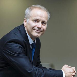 Miliardář Sehnal: Změňte covidovou strategii a rozvolněte